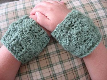 Clamshell Cuffs