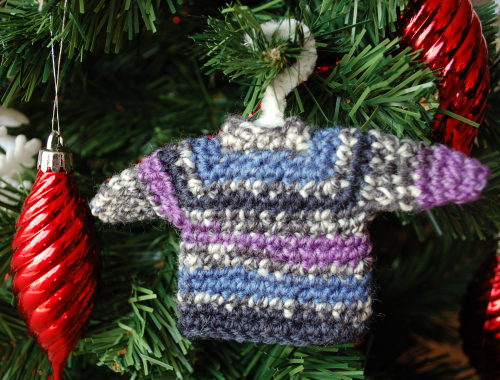 Small sweater ornament