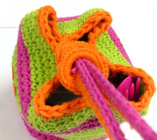 Thread handle through rings