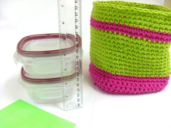 Measure containers