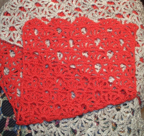 Edge of two color scarf