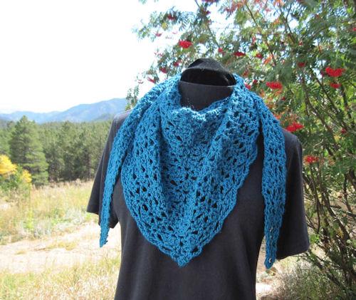 Blocking acrylic crochet blankets